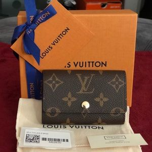 Louis Vuitton Monogram 6 Key Ring Holder